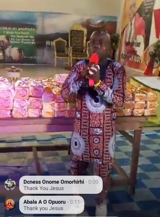 Bishop Iboyi shares annointed bread