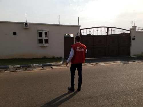 Bukola Saraki's house's forfeited to the FG