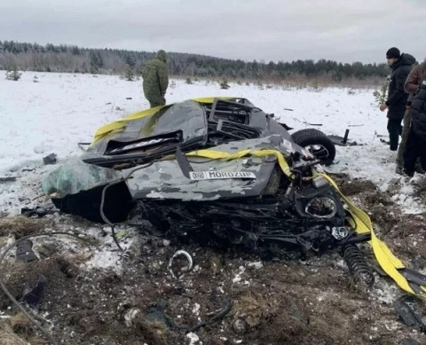 Igor Moroz destroyed the Mercedes by dropping it from a helicopter