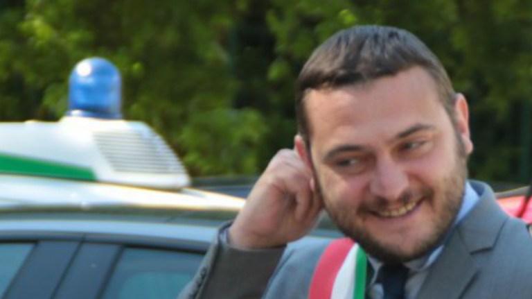 Silvio Magliano dimissioni di Emiliano Bezzon