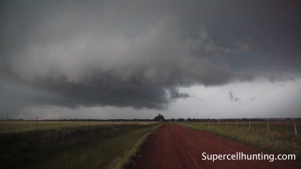May 12, 2010 Storm Chase | Tornado Near Clinton, OK