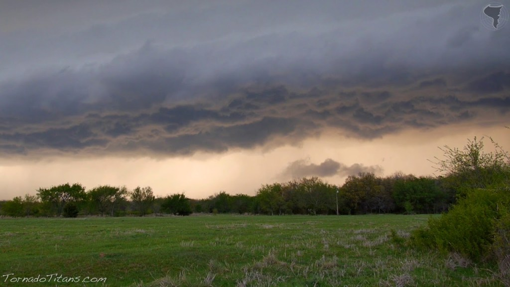 April 13, 2014 Storm Chase | Line of Storms Advancing Near Pruitt City, OK