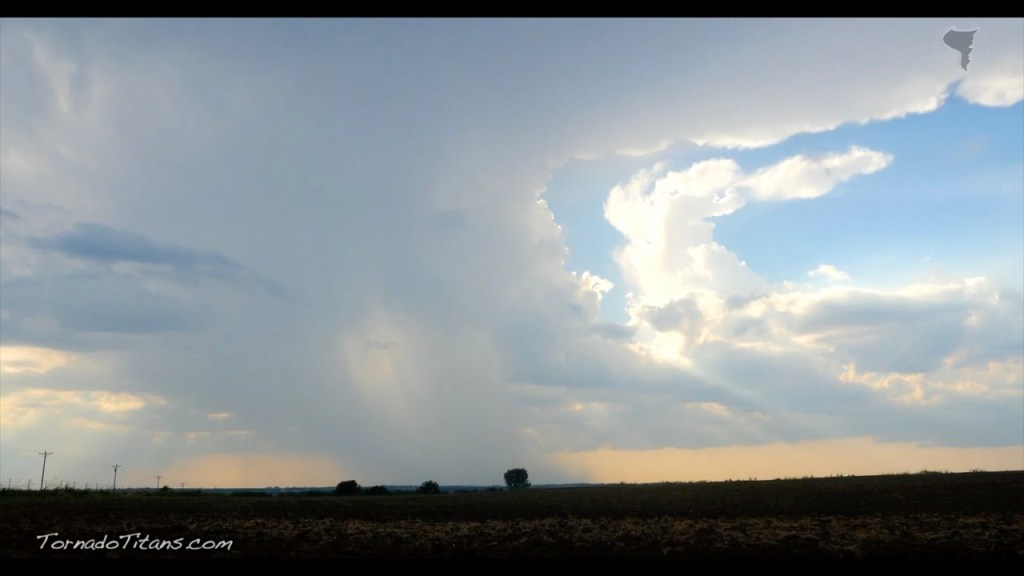 August 18, 2015 Storm Chase | Summer Storm Chase Goes Bust!