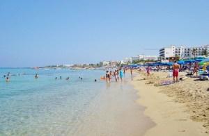 Ειδήσεις Tornos    Υπουργός: Η ανάκαμψη του τουρισμού στην Κύπρο θα εξαρτηθεί σε μεγάλο βαθμό από τους εμβολιασμούς