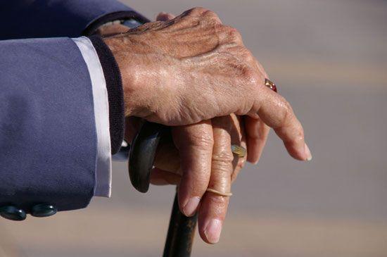 Jubilados: Con los haberes de Enero Jubilados y Pensionados cobran el 2° Bono