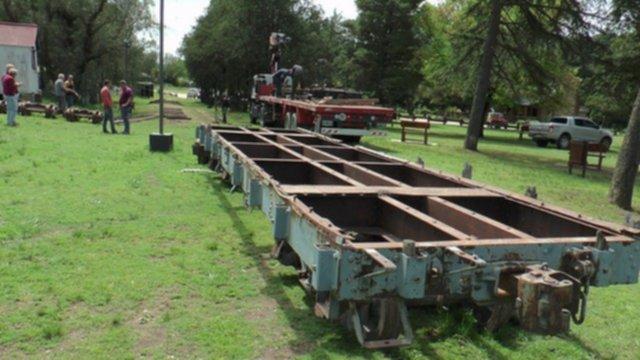 Sierra de la Ventana – Llegaron los vagones para formar parte de un museo temático