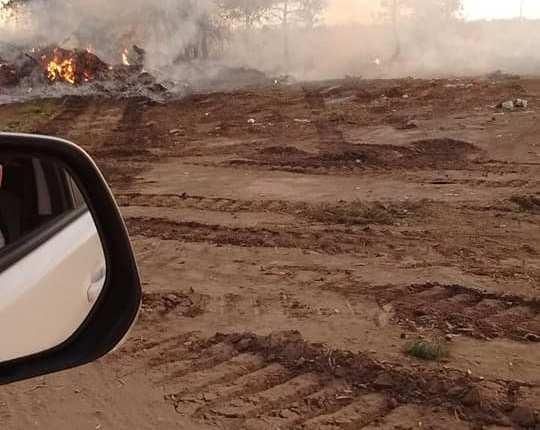 Saldungaray – Otra vez el basurero es noticia por el humo y el olor
