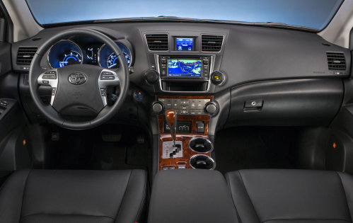 The 2013 Toyota Highlander Hybrid Limited Dash Torque News