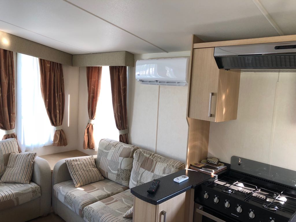 caravan-air-conditioning-indoor-unit