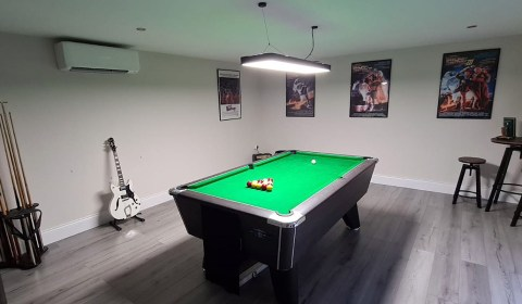 Man Cave Pool Table & Air Conditioning