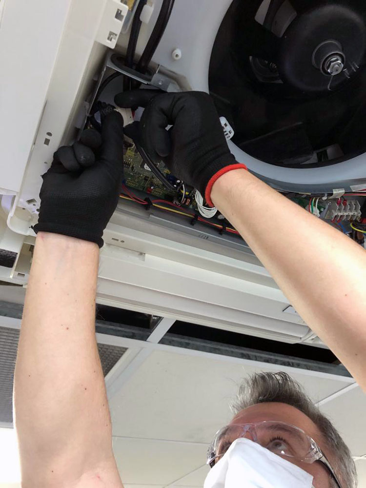 Covid Air Conditioning Clean