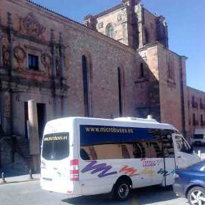 autobus minibus microbus affitto madrid