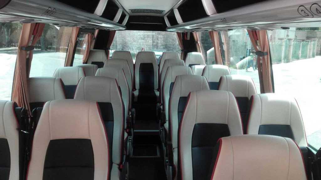 locuri Minibus scaune 30