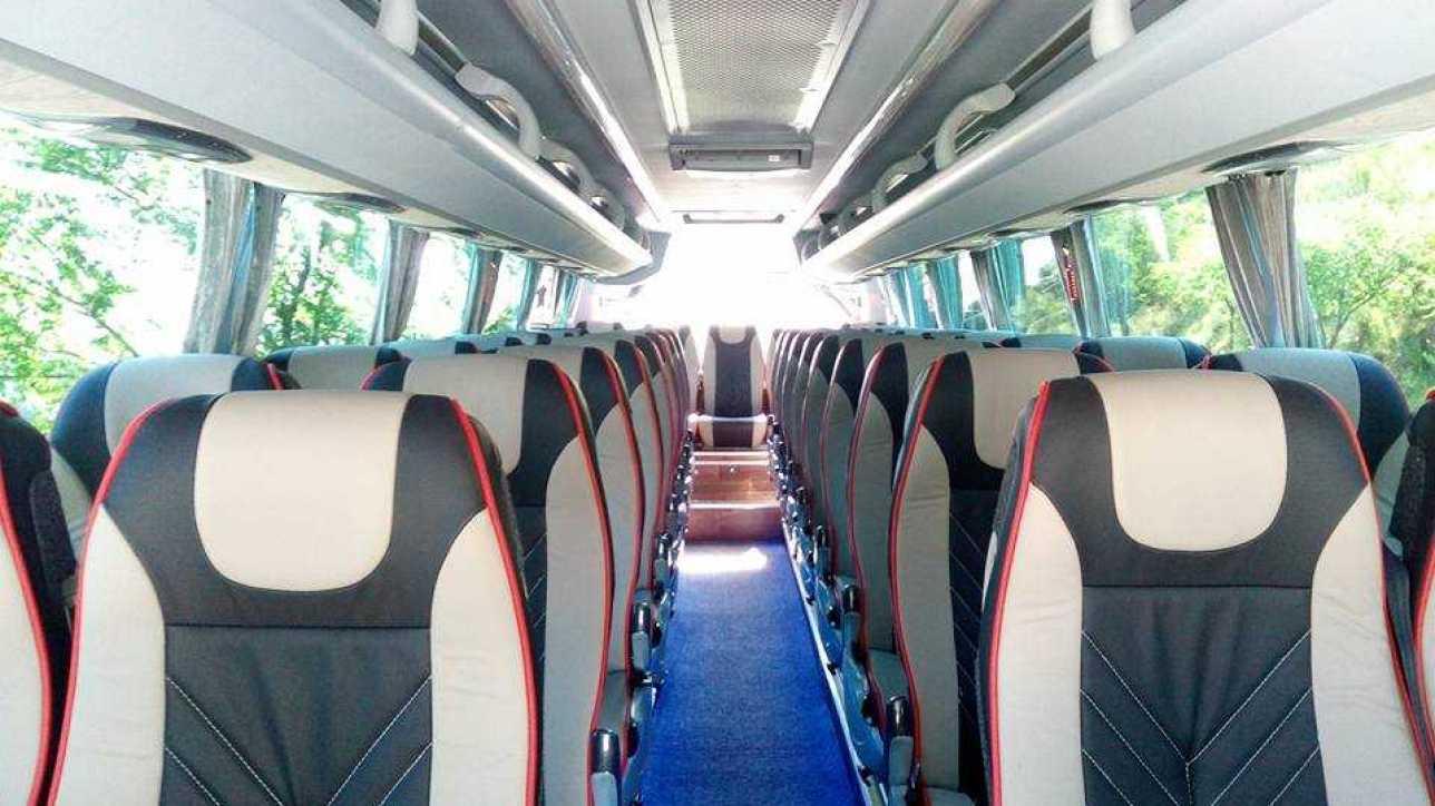 Alquiler autobús 15 plazas: qué hay que saber