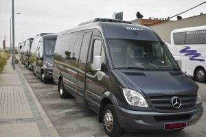 alquiler de minibus de 16 plazas en madrid para grupos