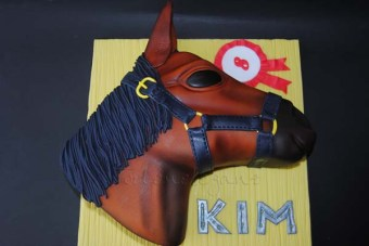 Pferdekopf Torte