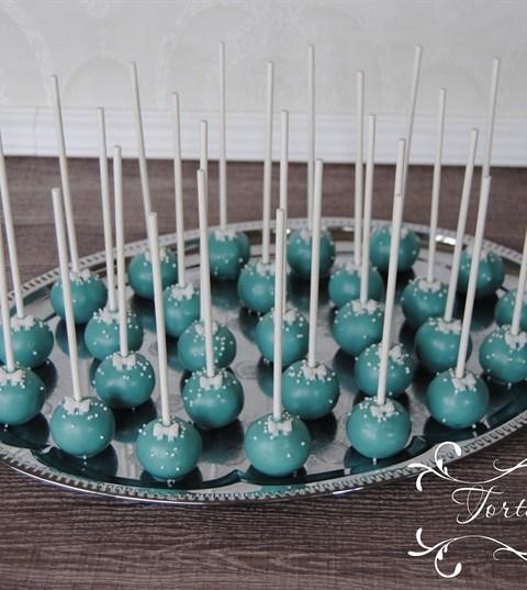 Hochzeitstorte Mint mit Stencil und CakePops Platte