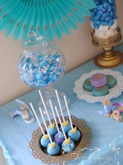Cinderella Kindergeburtstag 3D Torte Candy und Deko Cake Pops