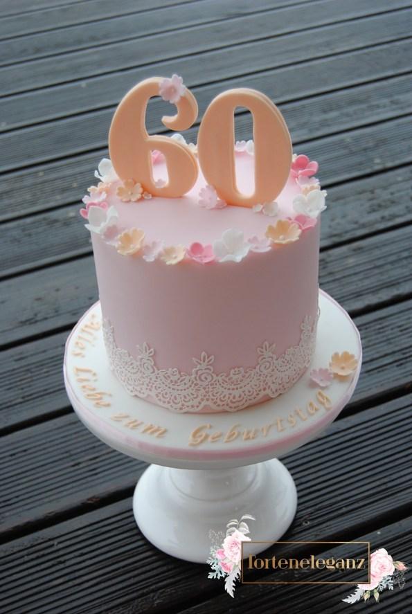 Torte zum 60 Geburtstag Spitze und Blumen