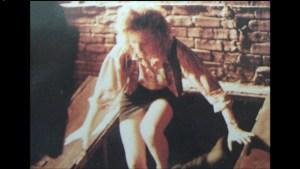 Film Tortues Ninja TMNT 1990 Scène coupée April appartement