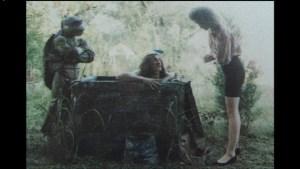Film Tortues Ninja TMNT 1990 Scène coupée Casey April Donatello puit
