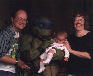 Peter Laird en compagnie de sa femme et de sa fille Emily (1989)