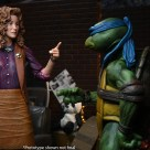 Figurine Ultimate April O'Neil Film 1990 NECA 2021 Tortues Ninja Turtles TMNT_7