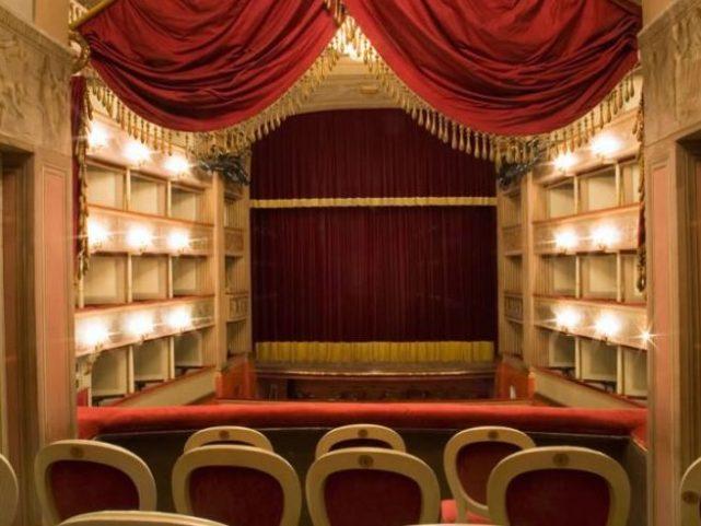 teatro_interno_07