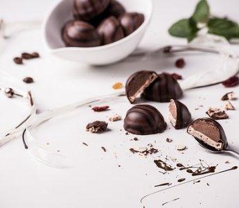 Dimmi quale cioccolato ami... e ti dirò che batteri hai nell'intestino.