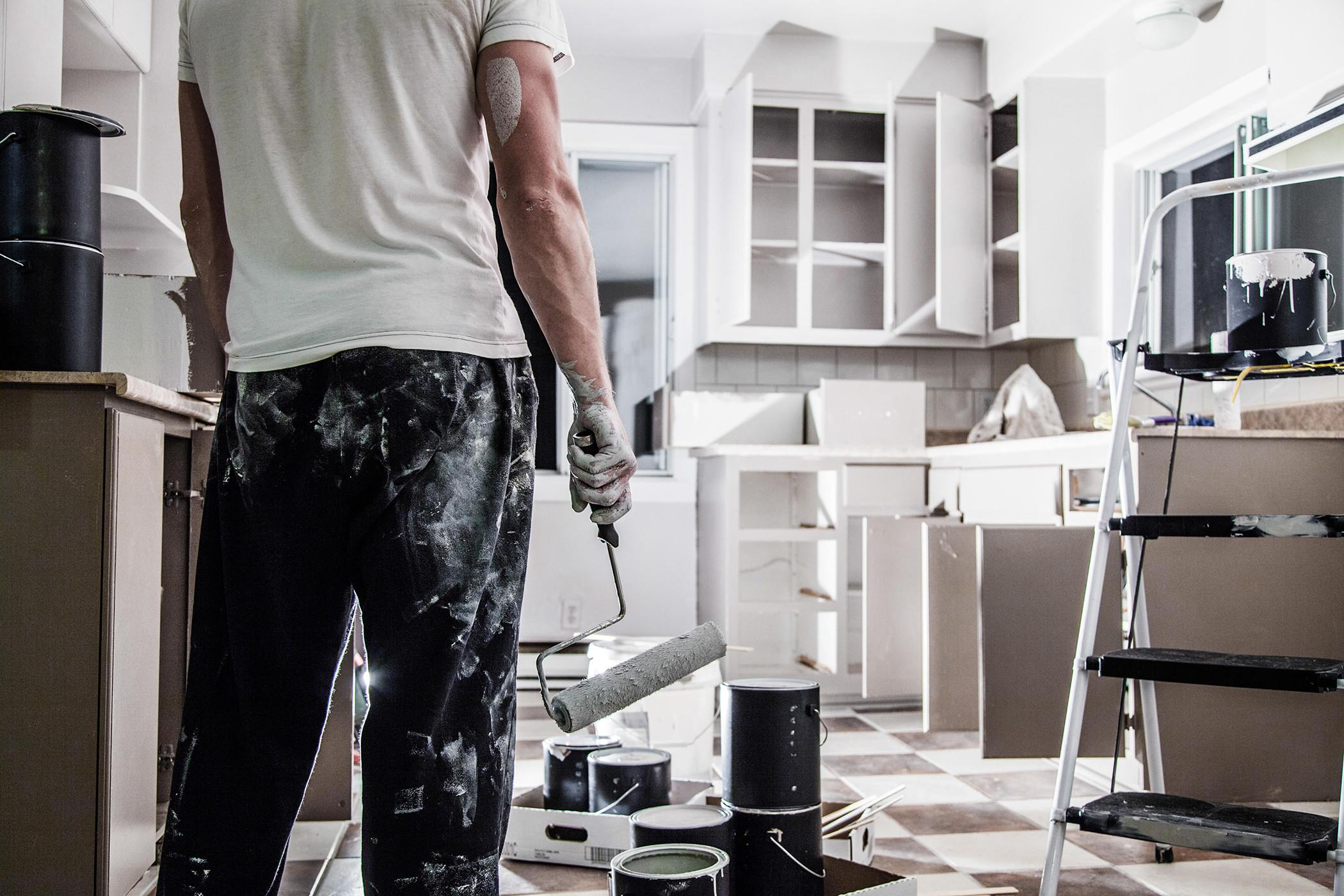Renovarea completă a unui apartament cu 2,3,4 camere.