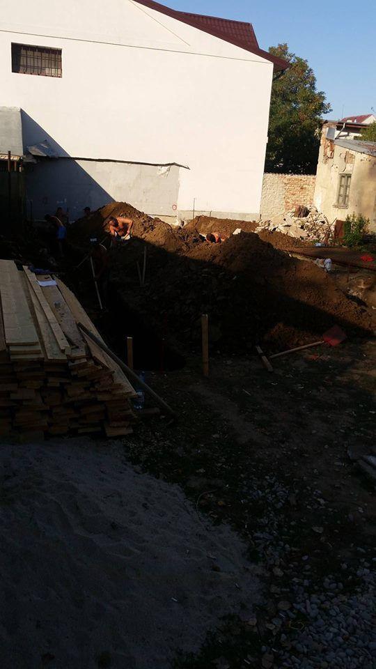 pret fundatie casa 70 mp 2019 - Saparea fundatiei- Galerie foto