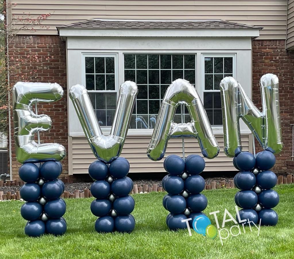 Mazel Tov Evan!  You were amazing! #mazels #zoommitzvah #balloonsoutside #celebrateeverything #balloonsbytotalparty #balloonsnj #balloonseastbrunswick #barmitzvahballoons