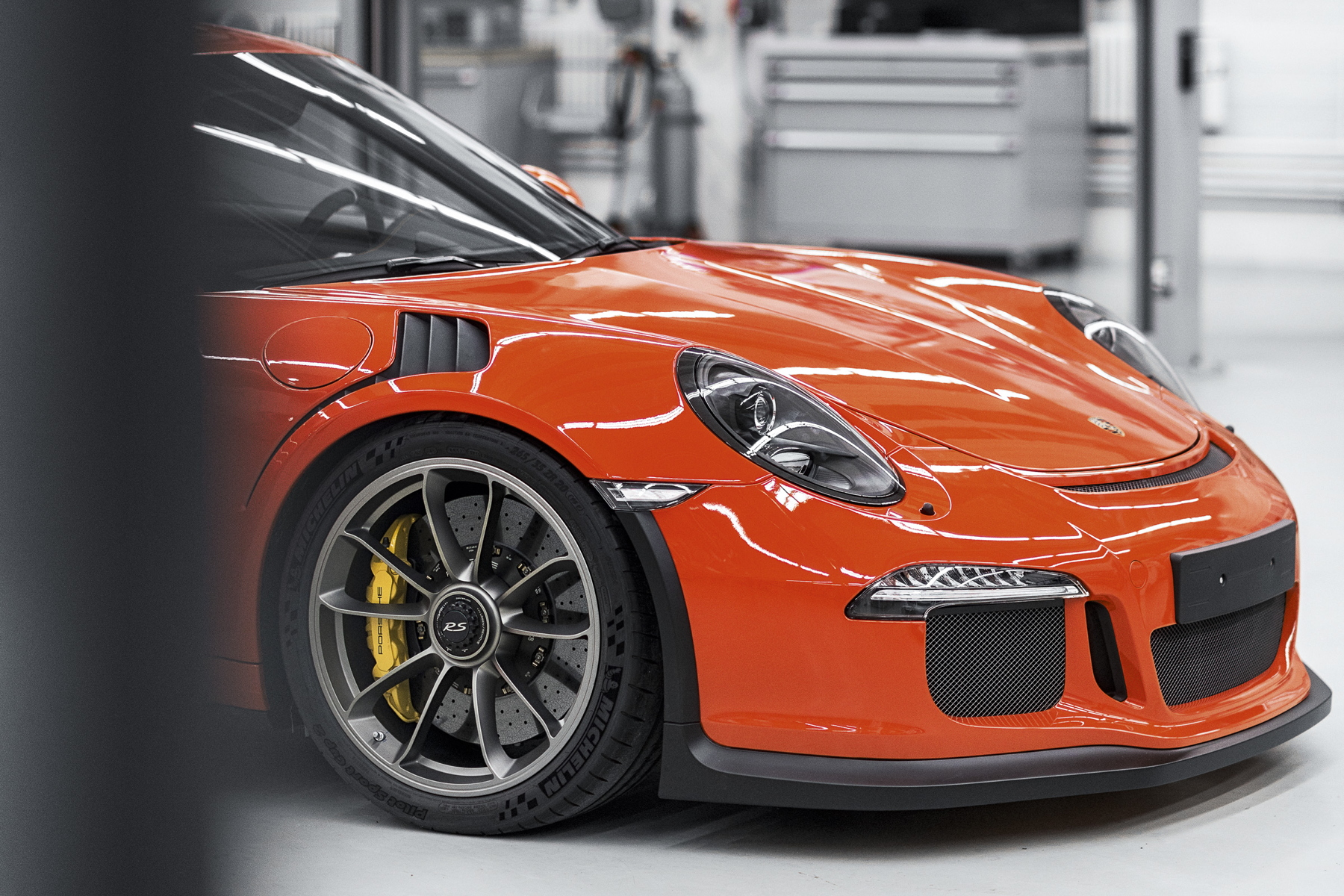 Five Reasons The Porsche 991 Gt3 Rs Has To Be Perfect