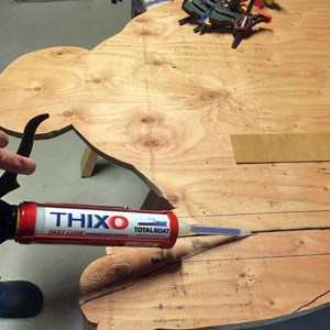 TotalBoat Thixo Fast Cure in use -07