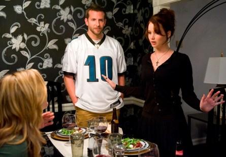 Bradley Cooper a Jennifer Lawrence v Terapii láskou (foto: Film Forum CZ )
