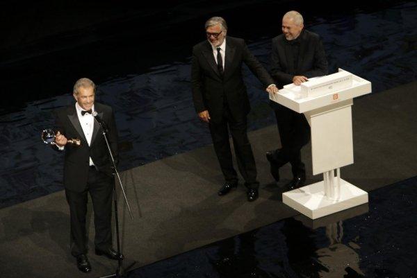 """""""Přesně tohle jsem vždycky chtěl - nahou ženu držící kouli"""", žertoval Mel Gibson (foto: KVIFF)"""