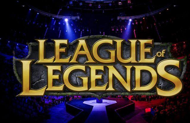 LIVE: League Of Legends