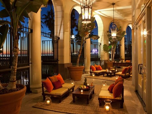 Join the Happy Hour at Terrazza Lounge at Hotel Casa del