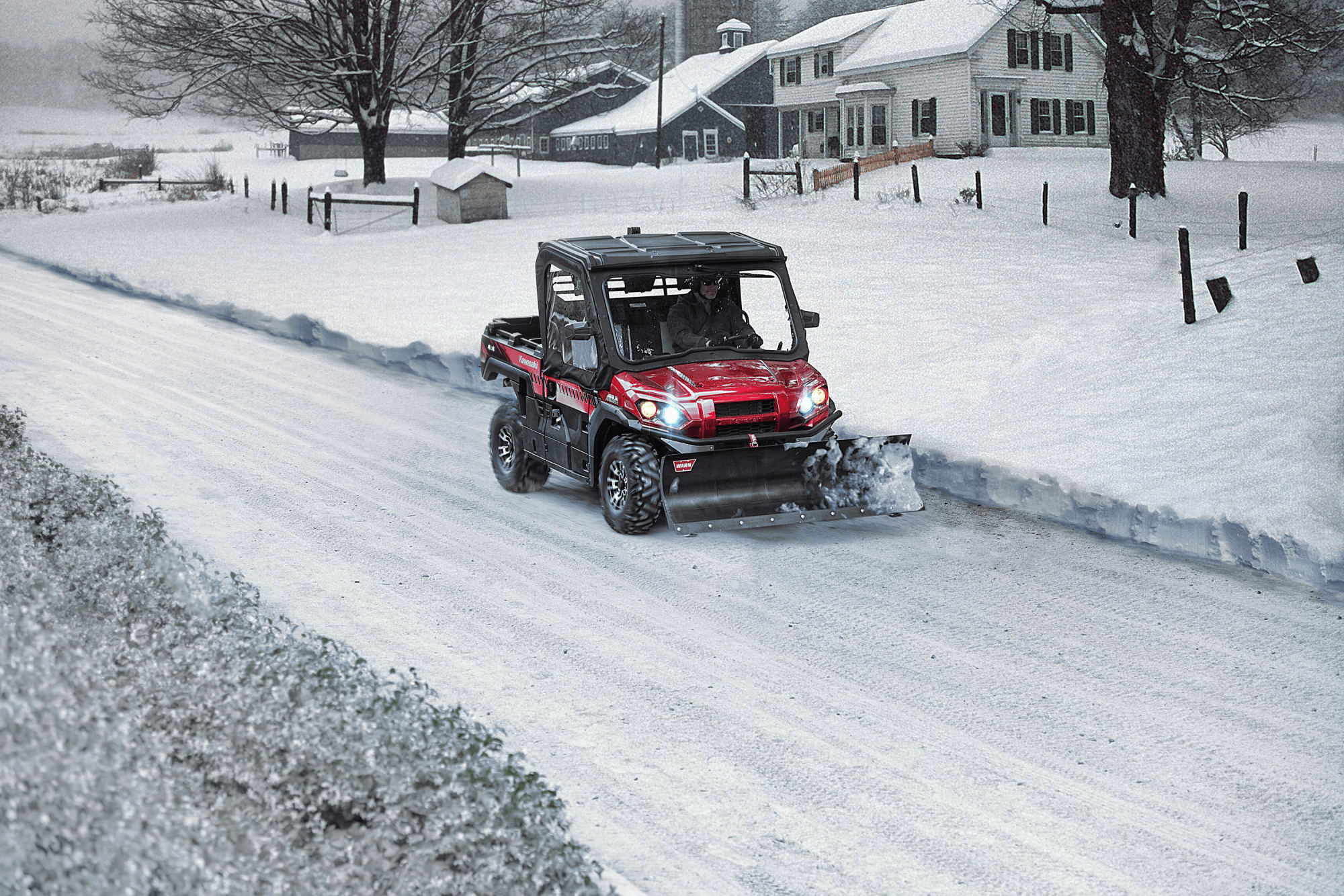 hight resolution of kawasaki mule in the snow