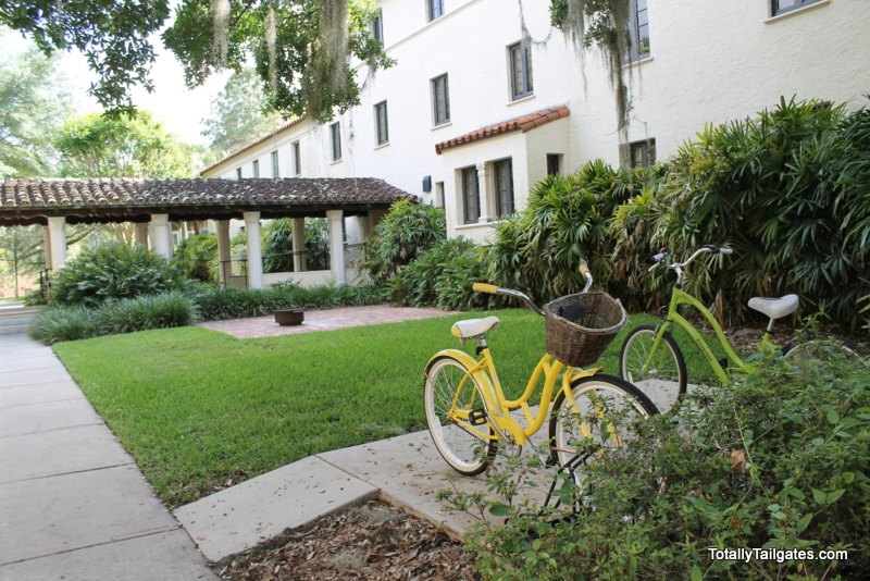 Bicycle at Rollins College. Find out where to park at your college orientations!