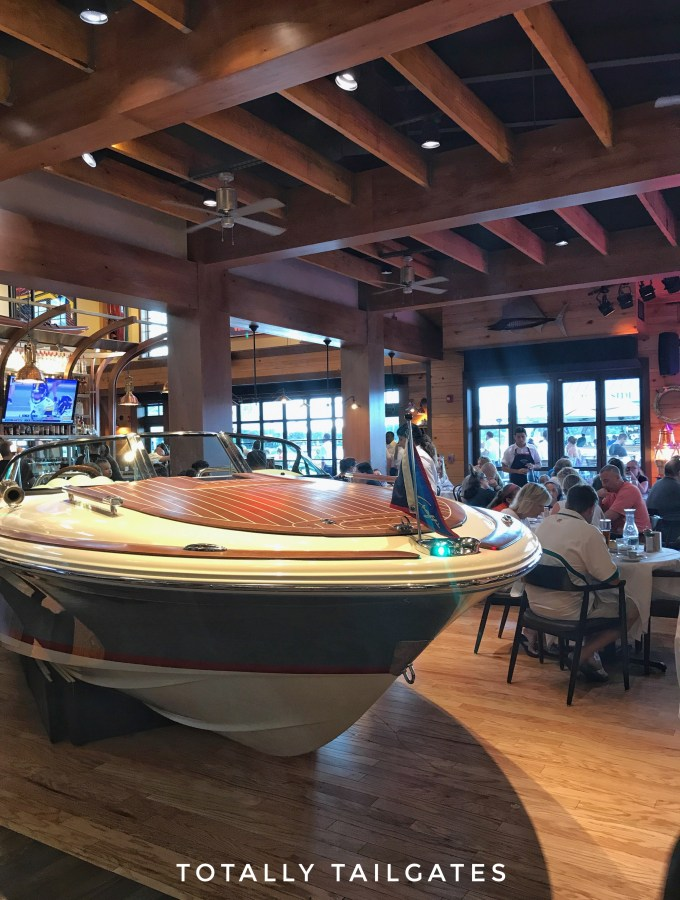Where to Eat at Disney Springs |The Boathouse