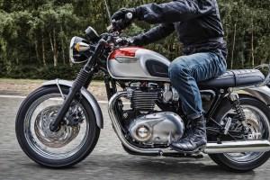 2017 Triumph Bonneville T120 Review