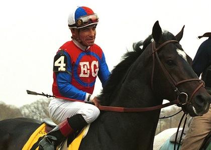 Skandaljockey till norge rider at abba benny