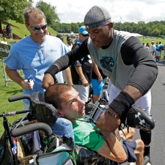 Carolina Panthers Chair Lawn Cushions Cam Newton Gives Shoes Off His Feet To Fan In Wheel At Training Camp (pic ...