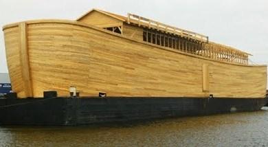 "Photo of ""Arca lui Johan"" va naviga pe râul Tamisa"