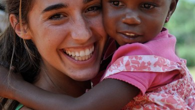 Photo of Katie Davis, o mamă a orfanilor