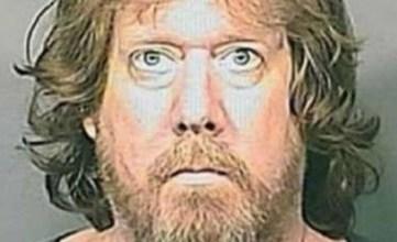"""Photo of SUA: Omul care pretinde că este Isus Hristos, şi-a atacat vecinul """"Antihrist"""""""