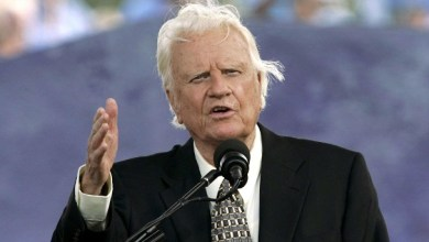 Photo of Evanghelistul Billy Graham, şi-a încheiat alergarea pe acest pământ
