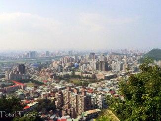 Xianjiyan hiking trail taipei