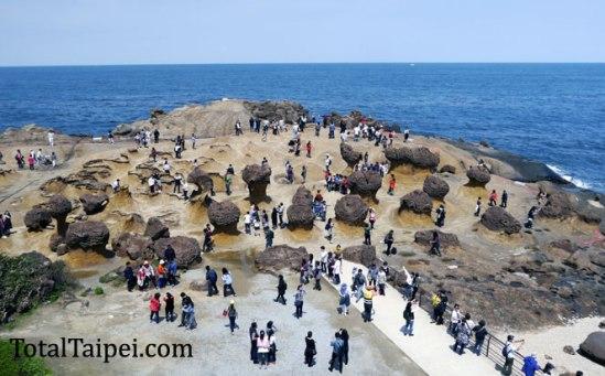 yehliu crowds